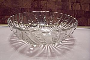 Crystal Teardrop Pattern Glass 3-Toed Salad Bowl (Image1)