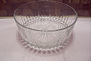 ARCOROC Diamond Point Salad Or Centerpiece Bowl (Image1)