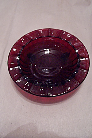 Ruby Red Glass Round 3-toed Ash Tray