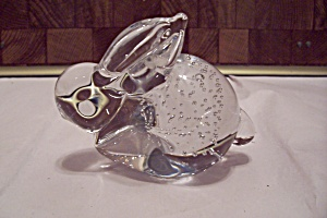 Crystal Glass Rabbit Paperweight w/ Controlled Bubbles (Image1)