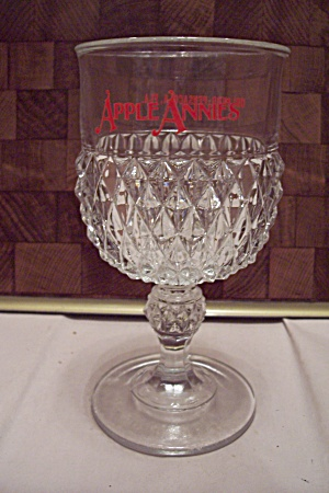 Crystal Diamond Point Pattern Apple Annie's Goblet