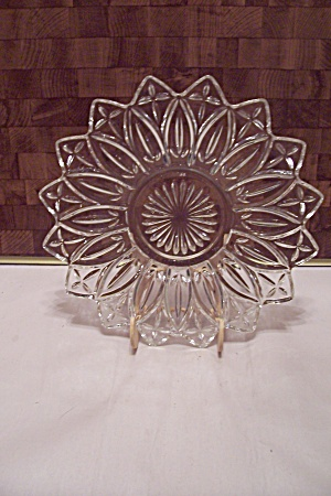 Crystal Pattern Glass Serving Tray/Dish (Image1)
