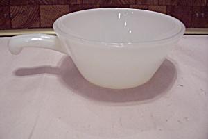 Fire King/Anchor Hocking Milk Glass Casserole (Image1)