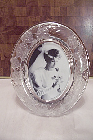 Chrysamthemum Oval Crystal Picture Frame