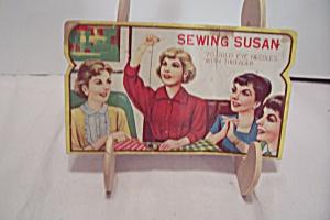 Sewing Susan Gold Eye Needles Packet (Image1)