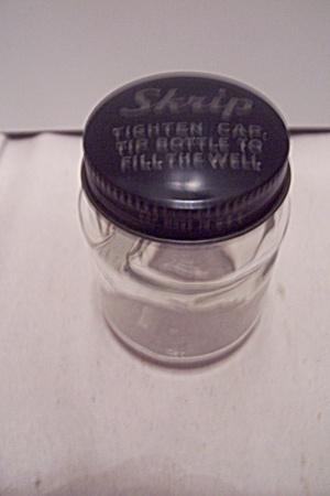Skrip Clear Glass Ink Bottle With Cap (Image1)
