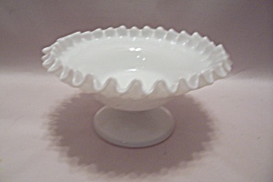 Milk Glass Pedestal Centerpiece Bowl (Image1)