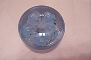 Blue Flower & Controlled Bubble Art Glass Paperweight (Image1)