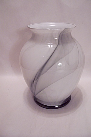 Opaque White & Black Art Glass Vase (Image1)