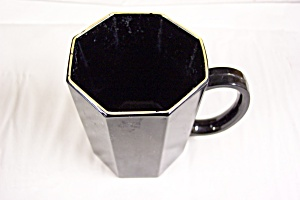 Octagon Shaped Black Glass Mug (Image1)