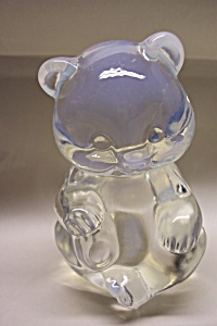 FENTON Crystal Opalescent  Glass Sitting Bear Cub (Image1)