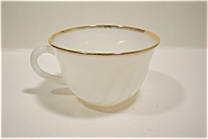 FireKing/Anchor Hocking Golden Shell Cup (Image1)