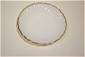 Golden Shell Saucer (Image1)