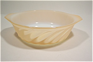5 Inch Peach Lustre Fire King Handled Bowl (Image1)