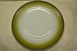 "FIRE-KING Avacado 10"" Plate (Image1)"