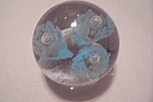 Abstract Floral Design Paperweight (Image1)