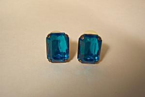 Vintage Blue Baguette Stone earrings (Image1)