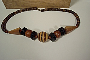 Vintage Wooden Bead Necklace (Image1)