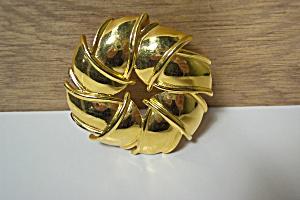 Large Gold Plated Floral Design Brooch (Image1)