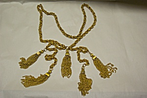 Unique Gold Chain And Tassel Necklace (Image1)
