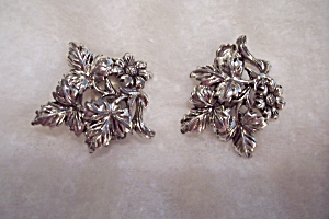 Silver Floral Design Earrings (Image1)