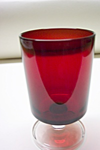 ARCOROC Ruby & Crystal Glass Stemmed Tumbler (Image1)