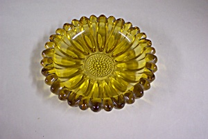Vintage Amber Glass Ash Tray (Image1)