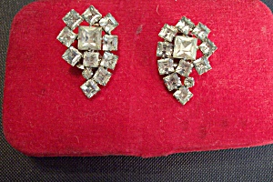 Vintage Clip-On Rhinestone Earrings (Image1)