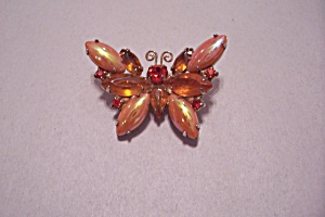 Vintage Small Butterfly Brooch (Image1)