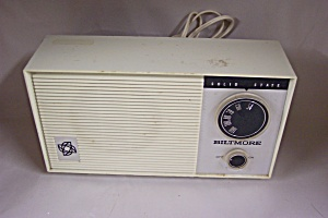 Vintage Biltmore Solid State Table Model Radio