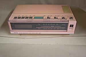 Pink J. C. Penny Clock Radio (Image1)