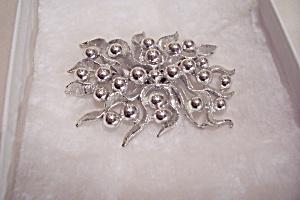 Vintage Silvertone Brooch (Image1)