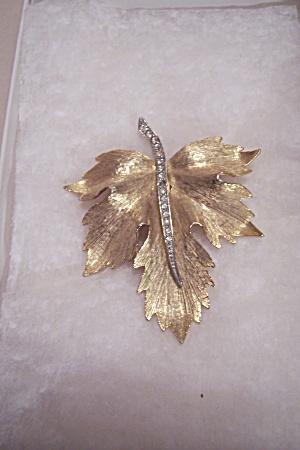 Vintage Goldtone & Rhinestone Leaf Brooch (Image1)