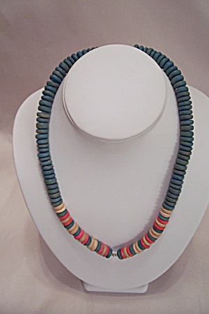 Wooden Disk Necklace (Image1)