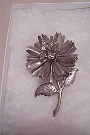Vintage Silvertone Metal Flower Brooch (Image1)