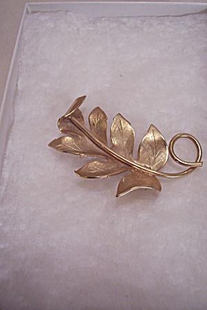Vintage Goldtone Leaf Brooch & Necklace Drop (Image1)