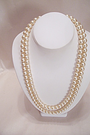 Simulated 2-Strand Pearl Necklace (Image1)