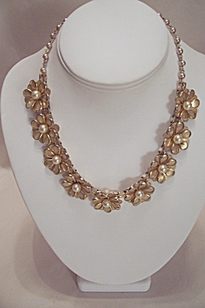 Goldtone Flower Motif & Pearl Necklace (Image1)