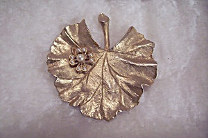 Goldtone And Pearl Leaf Shaped Brooch (Image1)