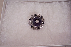 Brilliant Rhinestone & Black Stone Brooch (Image1)