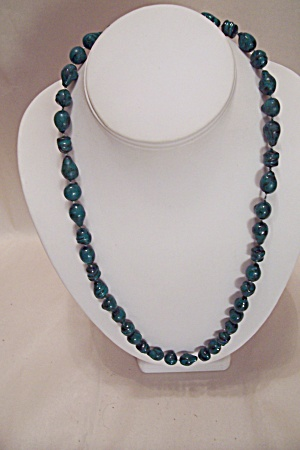 Green And Black Bead Necklace (Image1)