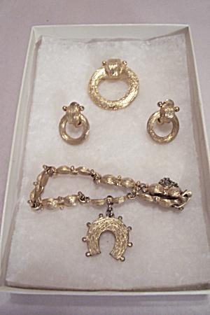 Monet Bracelet, Brooch & Clip-On Earrings Set (Image1)