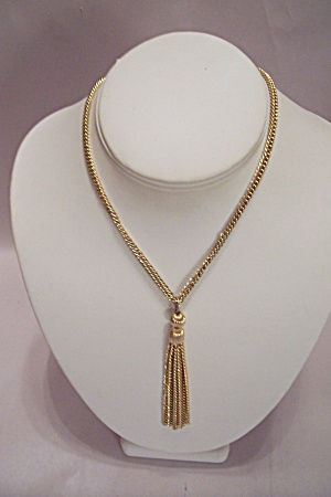 Gold Tone Necklace With Multiple Chain Drop