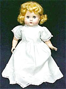 Mama Doll Big Eyes Blonde Saran Wig (Image1)