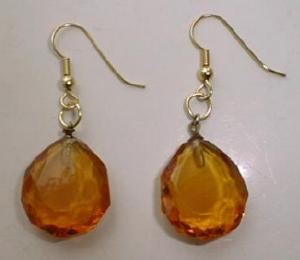 Lg Cut Crystal Dangle Pierced Earrings