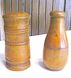 Treenware Boxes 2 Pc Miniatures Nice Patina (Image1)