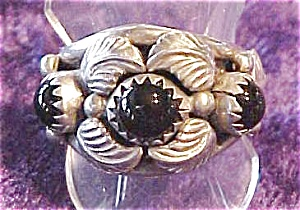 Sterling Onyx Ring Native American Signed (Image1)