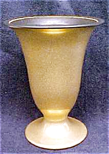 Hyalyn Porcelain Vase Rich Gold & Black (Image1)