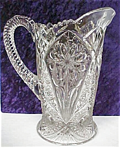 Pressed Glass Pitcher Elegant Design (Image1)