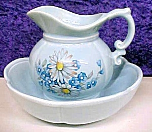 McCoy Blue Pitcher & Bowl Set Floral 7528 (Image1)